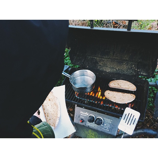 grilling power out toast boiling water
